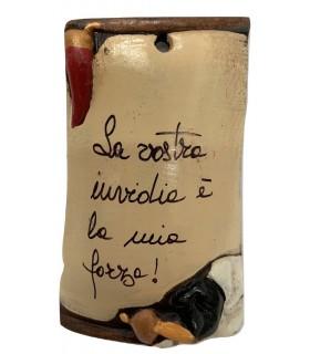 Tegola Pulcinella con Frase Mis.6x10 cm Realizzata e Dipinta a Mano