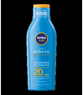 Latte Solare con Abbronzante da 200 ml FP 20 +