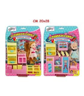 Il Mondo di Candy Scuola con Bambola e Accessori Disponibile in 3 modelli